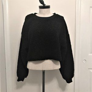 Wild Fable NWT Black Fuzzy Crop Sweater